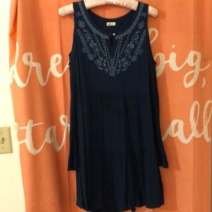 Hollister long sleeve cold shoulder dress